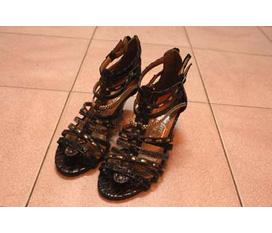 1 đôi giày Made in VN size 37