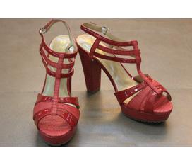 Sandals, giầy hở mũi, kín mũi, boots, bệt, guốc, xỏ ngón....hàng Việt Nam của Cửa hàng Bảo Hân, 111 Hào Nam, Hà Nội