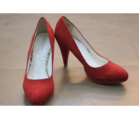 Sale off 10% đến 70% các mẫu giầy, sandals, boots, sục, guốc, bệt, xỏ ngón.... tại CỬA HÀNG BẢO HÂN, 111 HÀO NAM, HÀ NỘI