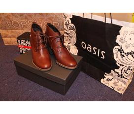 Bán 1 đôi giầy nữ hiệu Oasis siêu đẹp new 100% xách tay từ Anh