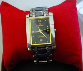 Cần bán e đồng hồ Essence mặt trong đính đá, dây sapphire toàn bộ hàng cực chất, độc nhất Enbac