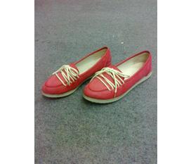 Topic 4:Thanh lý guốc, giày hot trend ké vài mĩ phẩm