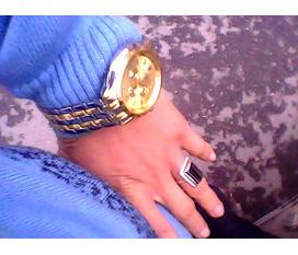 Cần bán Đồng hồ nam ,thiết kế sang trọng đẳng cấp Giá chỉ với :250.000 VND
