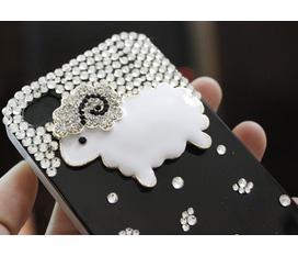 Case Iphone 4/4s các loại rất xinh đây :x