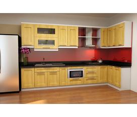 Tủ bếp hiện đại với chất liệu gỗ Sồi Nga tự nhiên