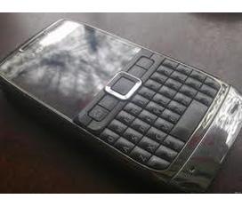 Bán E71 hàng Công ty hết bảo hành,máy còn đẹp, đã cài nhiều ứng dụng hay giá 2,5 tr