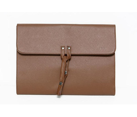Bag/Clutch For Man Có sẵn . Hàng authentic giá rẻ.