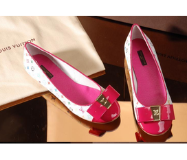 Topic 46: Topic giầy bệt fake 1:1 mùa hè 2012 của các thương hiệu nổi tiếng prada, gucci, miu miu......