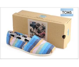 Chuyên: Giầy TOMS và CROCS siêu nhẹ màu sắc đa dạng, cá tính dành cho bạn gái phong cách........Giá chỉ từ 195k...230k