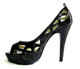 Cần bán 1 đôi giày chuẩn size 34