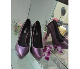 Giày cao nâng dáng hàng chất , giá mềm
