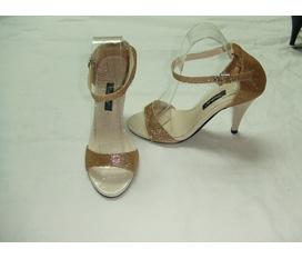 Topic dành cho giày đi tiệc, giày cưới. Tri ân khách hàng, giảm giá lên tới 50%.