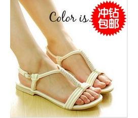 1 đôi sandal taobao.