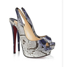 Hàng guốc nữ các hãng mùa hè 2012 nhiều mẫu mới cập nhập cho các bạn nữ mau vào chọn lựa nhé thank.