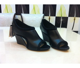 MANGO, new 100%, full box, genuine leather, size 37. Giá 1tr.