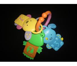 Thanh lý rất nhiều đồ chơi, bình sữa bé, kimono, đồ chơi, lục lạc, quần áo body cho bé từ 0 12m