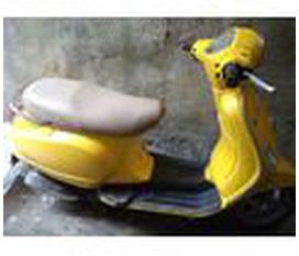 Cần bán xe piagio LX Việt Nam màu vàng 45tr