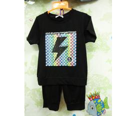 Gian hàng áo dành cho bé nam