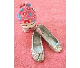Giày xinh cho bé yêu của bạn