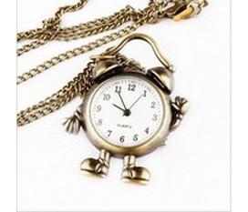 Đồng hồ dây chuyền 2012 cho teen đây