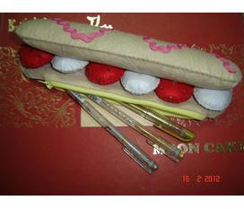 Bánh kem vải nỉ handmade