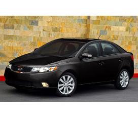 Bán xe Kia Forte màu đen giá 610tr