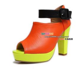 Giày hot mới về 10/4...nhanh tay giá sốc...giảm 10k/sp.