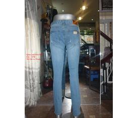 Shop T G 388 Đê La Thành Chỉ với 345k bạn sẽ có một chiếc quần jean nam như ý. Nhanh Nhanh Kính mời Quý Khách.