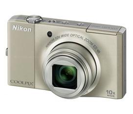 Bán máy ảnh nikon S8000, chụp hình 14.2mp, room 10x, quay phim full HD