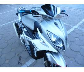 Muốn bán Nouvo LX mầu trắng cực hot.biển 30Z4 2954.giá 21 triệu.có Full ảnh...