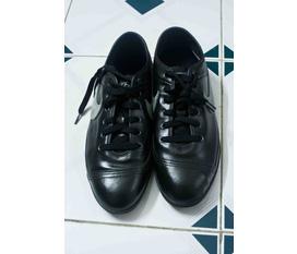 Bán giày Nike xách tay từ Đức