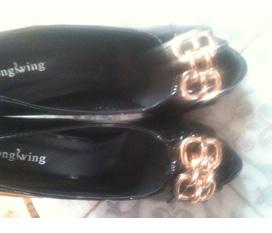 Thanh lý đôi giày new 100%