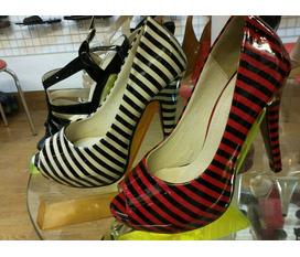 Giày dép nam nữ giá cả phải chăng tại Hà Nội :X
