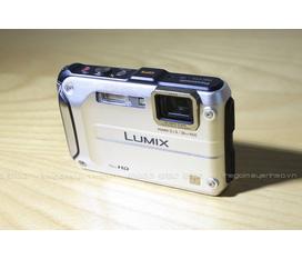 Bán máy ảnh có khả năng chịu đựng môi trường khắc nghiệt, chống nước chống shock Lumix FT3