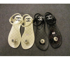 Sandal CHANEL nhựa 170k Hot lunn