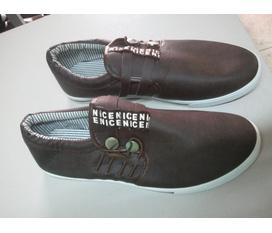 CSSX giầy da chuyên bán buôn bán lẻ có uy tín trên chợ đông xuân chợ dêm chợ sinh viên giá ban ẻ 150k