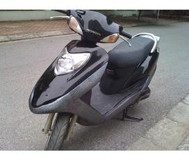 Cần bán xe Honda125 mầu đen giá 10tr8