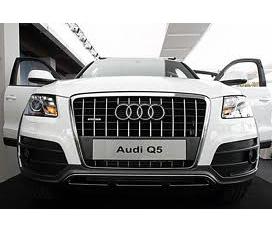 Audi Q5 trang moi giá rat hợp lý