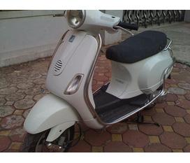 Cần bán Vespa Lx150 mầu trắng có ảnh xe giá 45tr