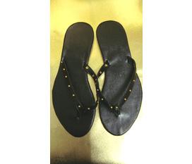Dép xỏ ngón sản xuất trực tiếp tại xưởng Buumshop, đảm bảo đi êm chân