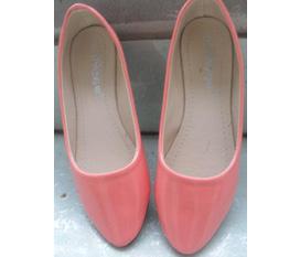 Giày bệt màu hồng bóng size 35 36 giá 130k