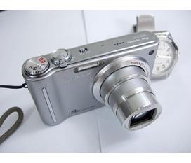 Bán máy ảnh KTS Panasonic Lumix DMC ZR1 Lumix DMC ZX1 rất mới hàng nhật 12megapixel .Quay pim HD 720P