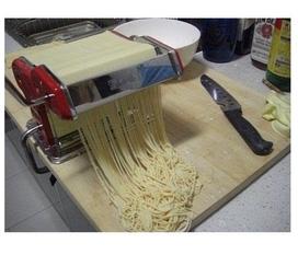 Máy làm mỳ sợi gia đình an toàn, tiện dụng, phong phú bữa ăn cho gia đình bạn