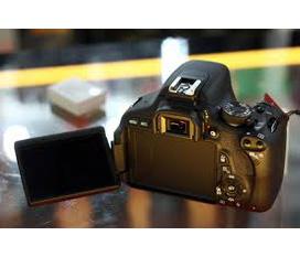Cần bán Body Canon EOS 600D Kiss X5