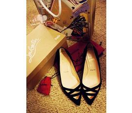 Topic 3: Rất nhiều giầy cao gót, sandals và dép hè đang chờ đón các bạn.Nhanh Nhanh Nhanh
