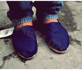 Giày TOMS, CROCS bán bôn bán lẻ giá rẻ nhất