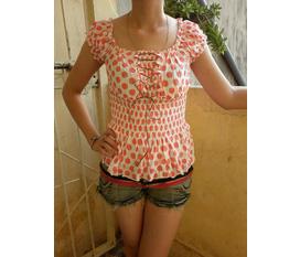 Benni fashion: thanh lý áo phông, chân váy giá sốc 30k/1sp