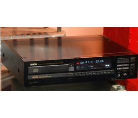 Đầu cd DENON 3300 chất âm mượt,dải bass tốt,2 nguồn analog digital độc lập