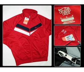 Sang trọng, trẻ trung với áo khoác Nike The Athletic Dept 100% Made in Cambodia, giá thanh lý.