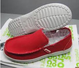 Giấy Crocs màu hồng dễ thương